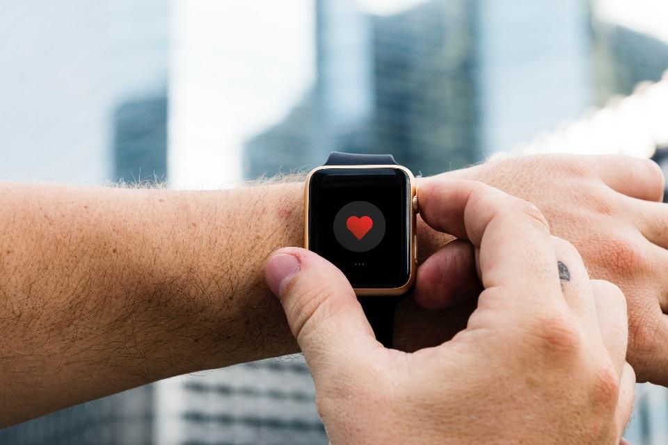 Imagem de Homem agradece Tim Cook por Apple Watch salvar sua vida no tecmundo