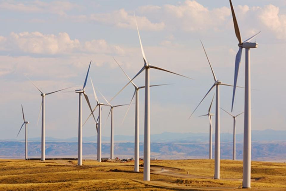 Imagem de Energia eólica emprega 6% a mais que em 2016 e é destaque do setor nos EUA no tecmundo