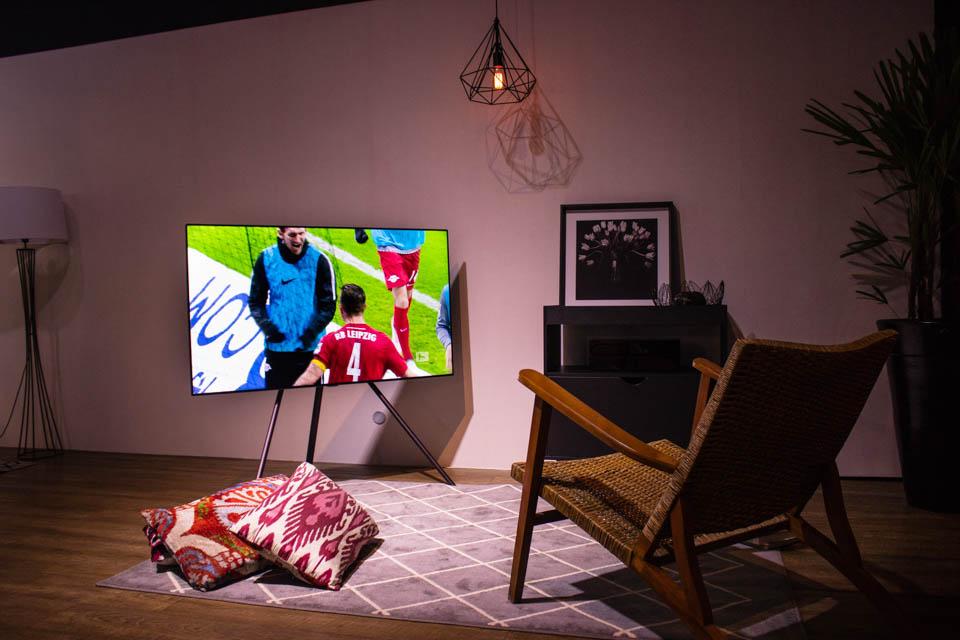 Imagem de TVs QLED 2018 da Samsung chegam ao Brasil; telas podem ficar sempre ligadas no tecmundo