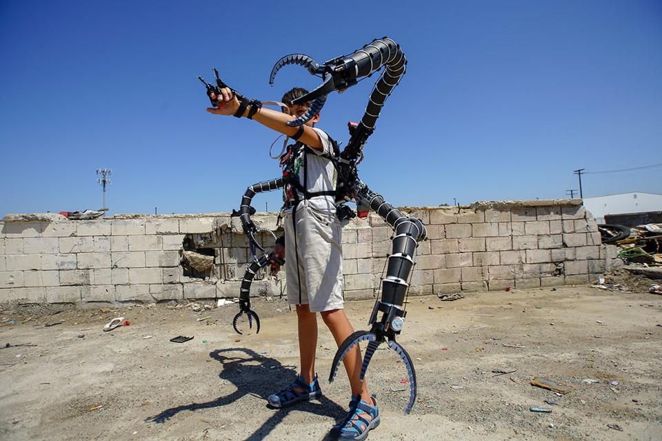 Imagem de Adolescente milionário constrói exoesqueleto inspirado no Dr. Octopus no tecmundo