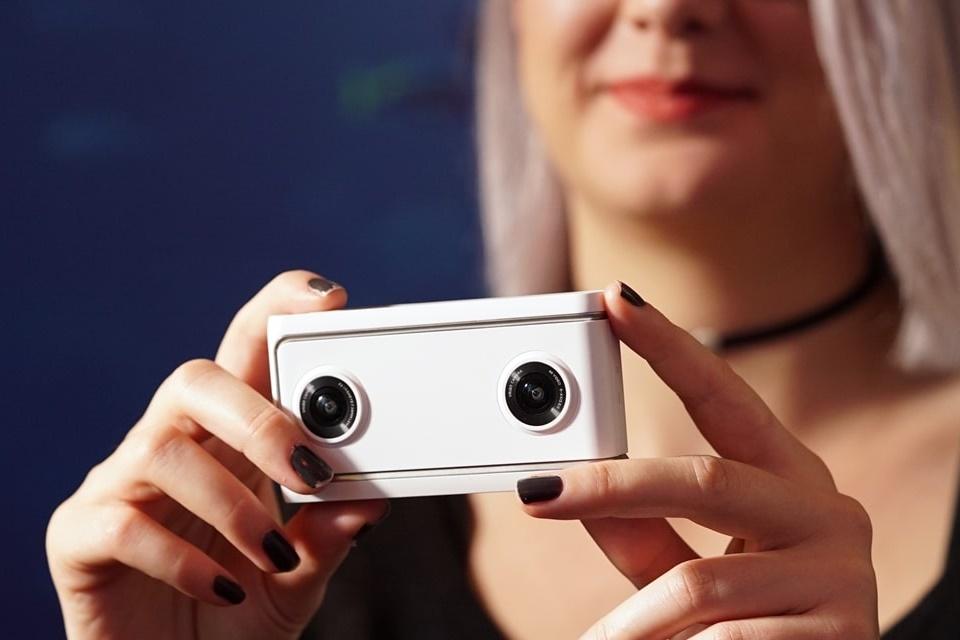 Imagem de Google lança app para editar imagens vindas da câmera de VR da Lenovo no tecmundo