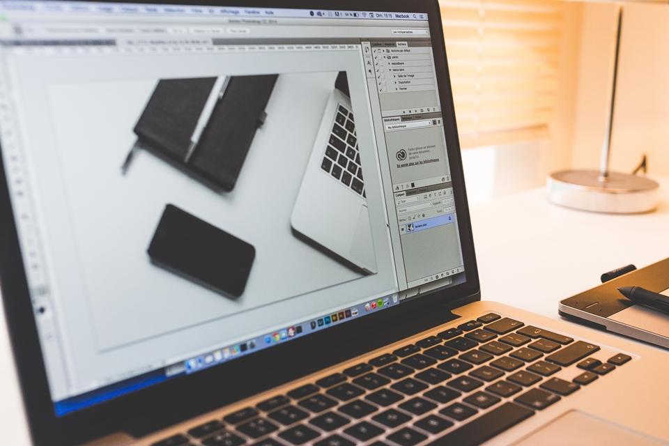 Imagem de Adobe trabalha em IA para identificar imagens 'photoshopadas' no tecmundo