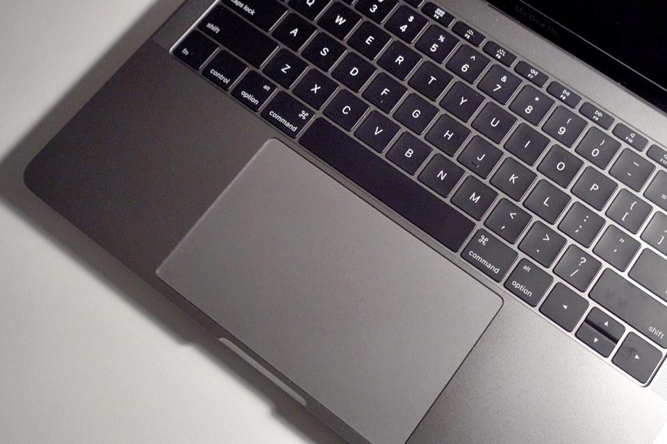 Imagem de Apple vai trocar de graça teclado problemático do MacBook e do MacBook Pro no tecmundo