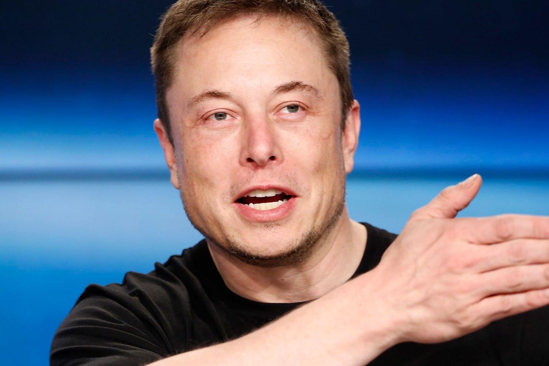 Imagem de Possibilidade de estarmos sozinhos no Universo anima Elon Musk no tecmundo