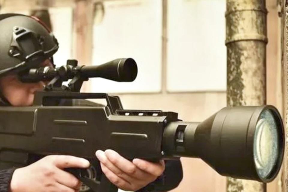 Imagem de Empresa chinesa diz ter criado rifle laser incendiário com alcance de 800 m no tecmundo