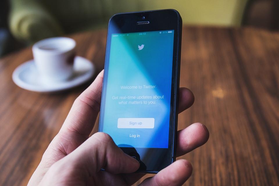 Imagem de Ações do Twitter caem após suspensão de milhões de contas falsas no tecmundo