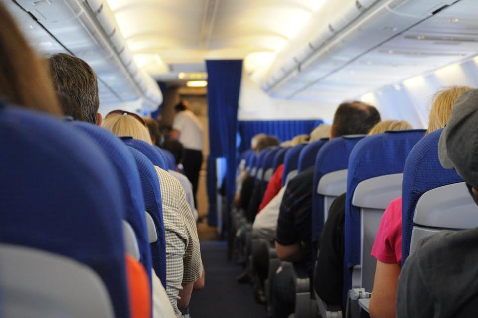 Imagem de Animação com Lego é utilizada para passar instruções de segurança em voo  no tecmundo