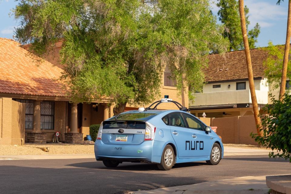 Imagem de O futuro é hoje: carros autônomos começarão a ser usados para entregas no tecmundo