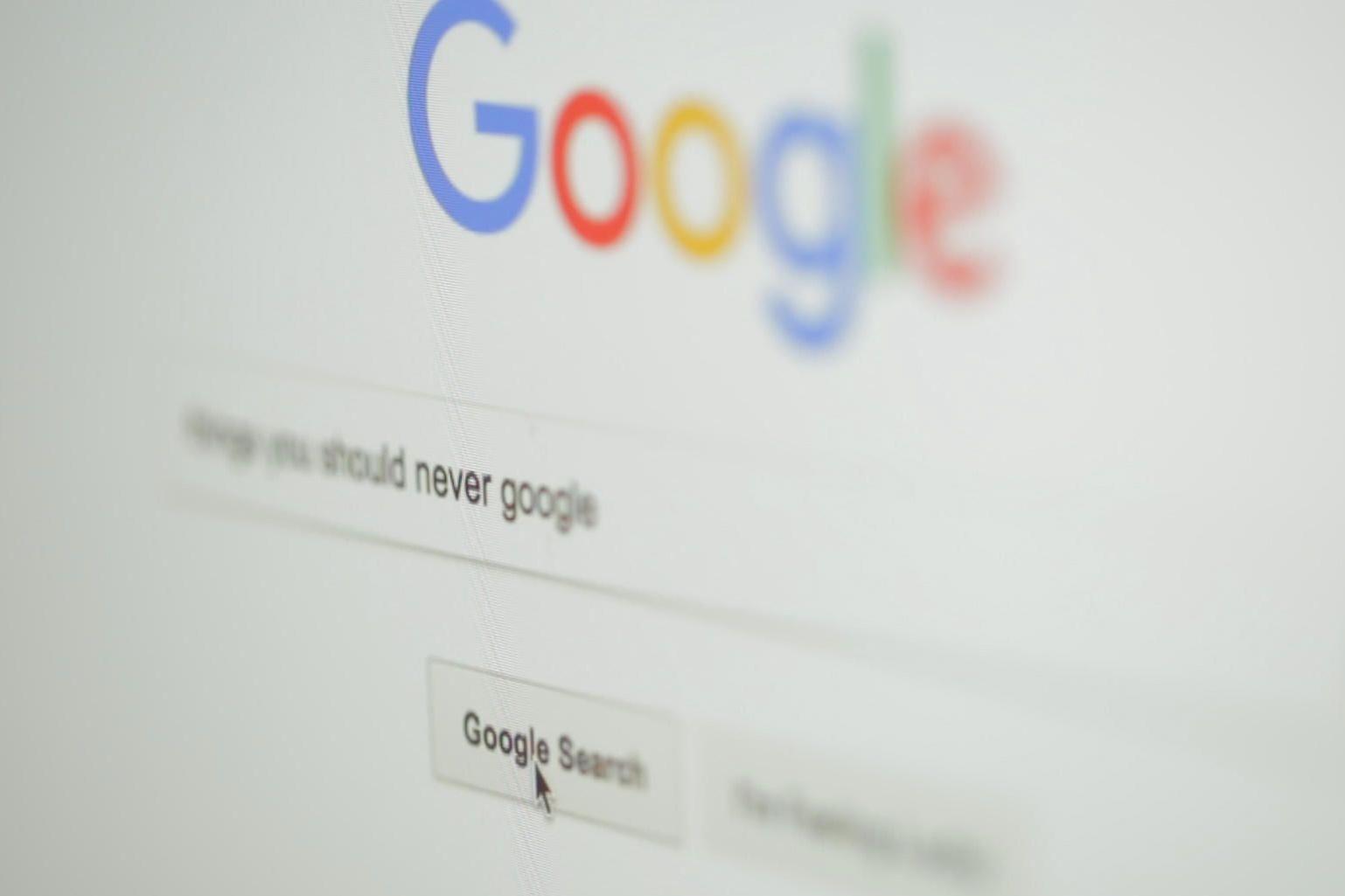 Imagem de 13 brincadeiras e curiosidades escondidas na busca do Google no tecmundo