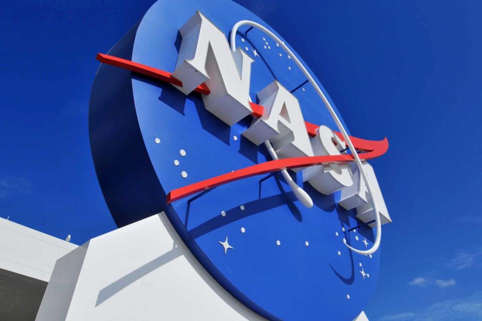 Imagem de Robô Curiosity, da NASA, registra incrível foto de Marte em 360 graus no tecmundo
