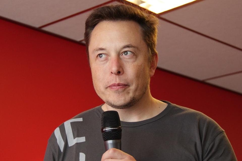 Imagem de Elon Musk faz acordo e deixará a presidência do conselho da Tesla no tecmundo