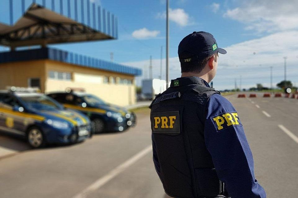 Imagem de Hackers vendem logins da Polícia Rodoviária para você apagar suas multas no tecmundo