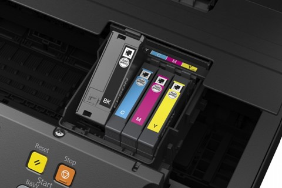 Imagem de Epson é acusada de bloquear cartuchos de tinta não-oficiais no tecmundo