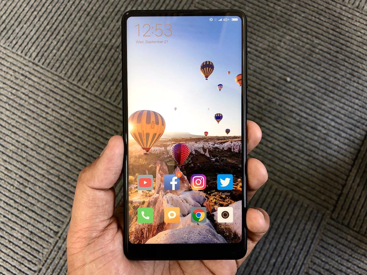 Imagem de Xiaomi Mi 8 e Mi Mix 2S em oferta por pouco mais de R$ 1.500; qual levar? no tecmundo