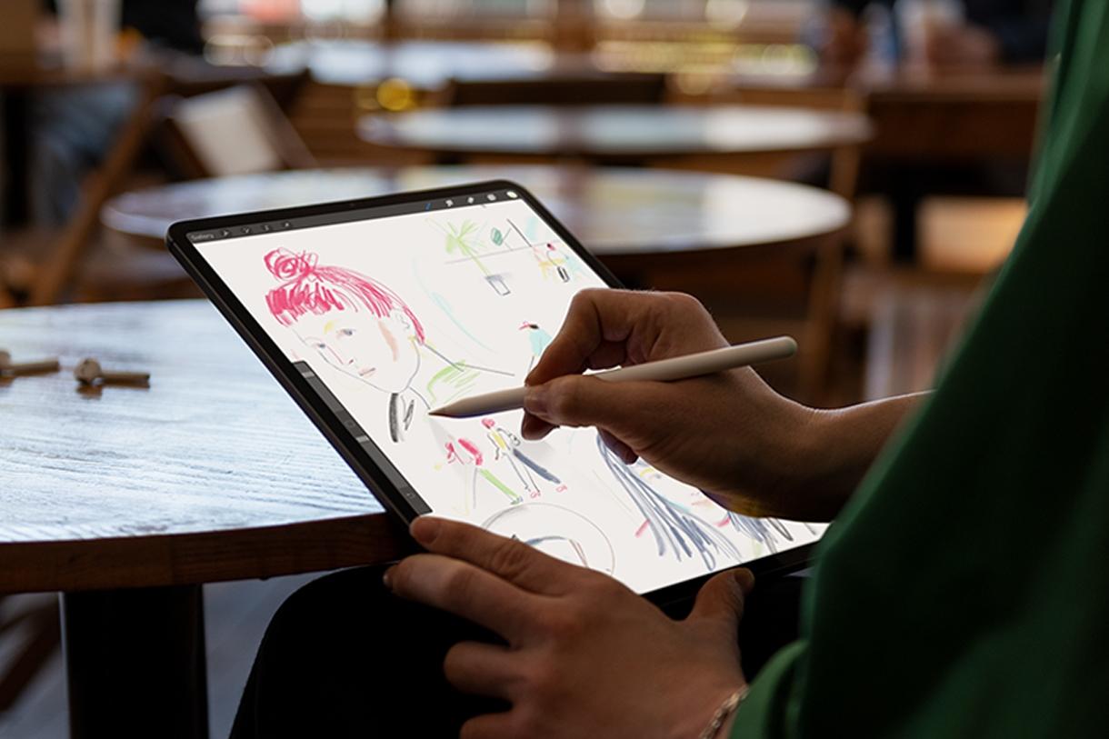 Imagem de Apple anuncia novo iPad Pro sem botão Home e com Face ID no tecmundo