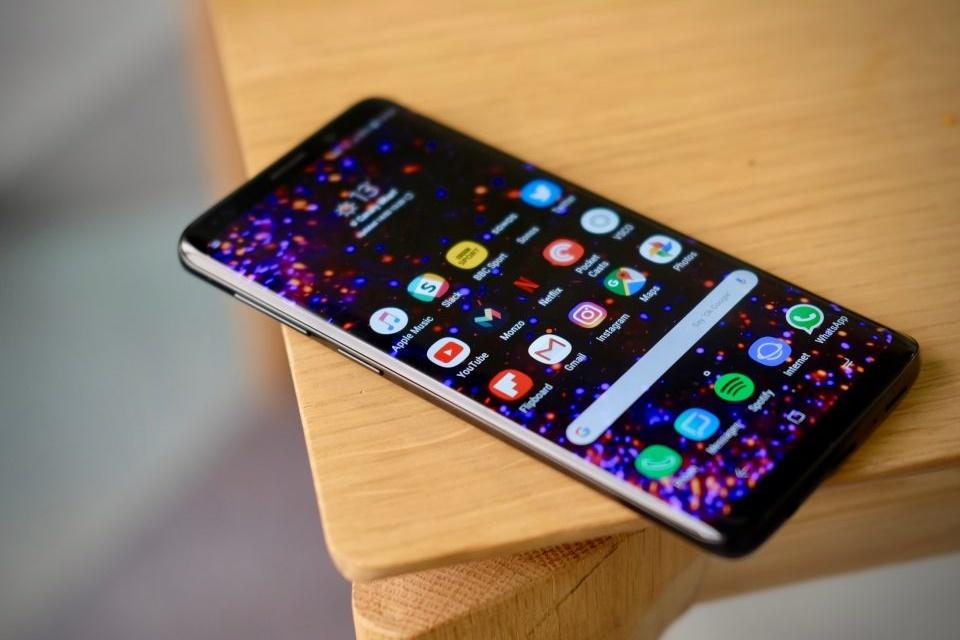 Imagem de Samsung Galaxy S10 não deve ter reconhecimento facial 3D ou leitor de íris no tecmundo