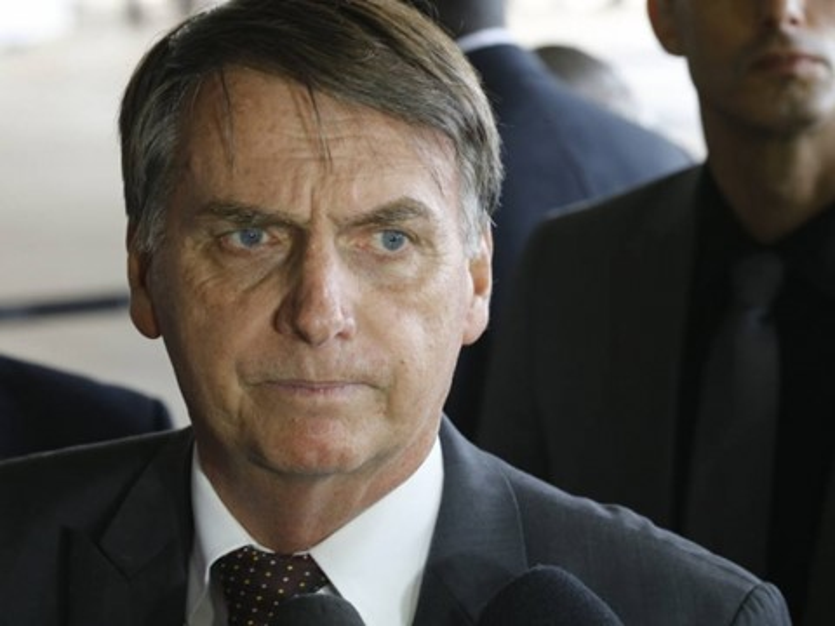 Imagem de Bolsonaro cancela nova criptomoeda indígena em contrato de R$ 45 milhões no tecmundo