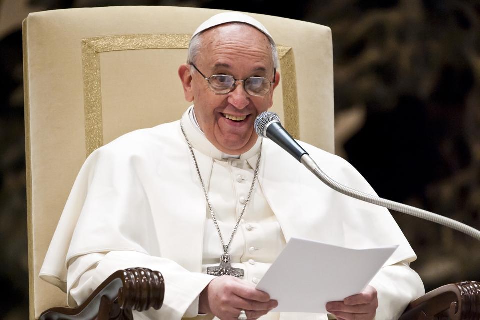 Imagem de Papa chama jovens a rezarem juntos no app Click to Pray no tecmundo
