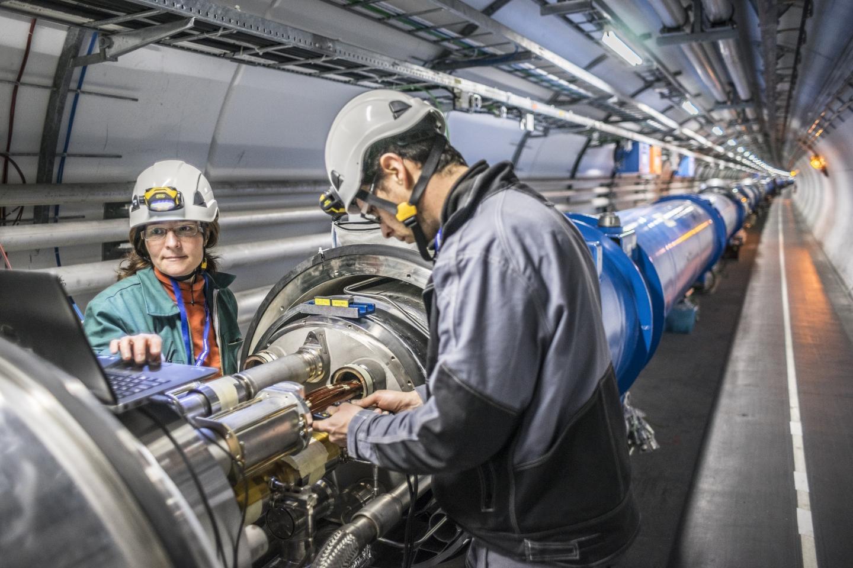 Imagem de Elon Musk se oferece para construir túnel de novo acelerador de partículas no tecmundo