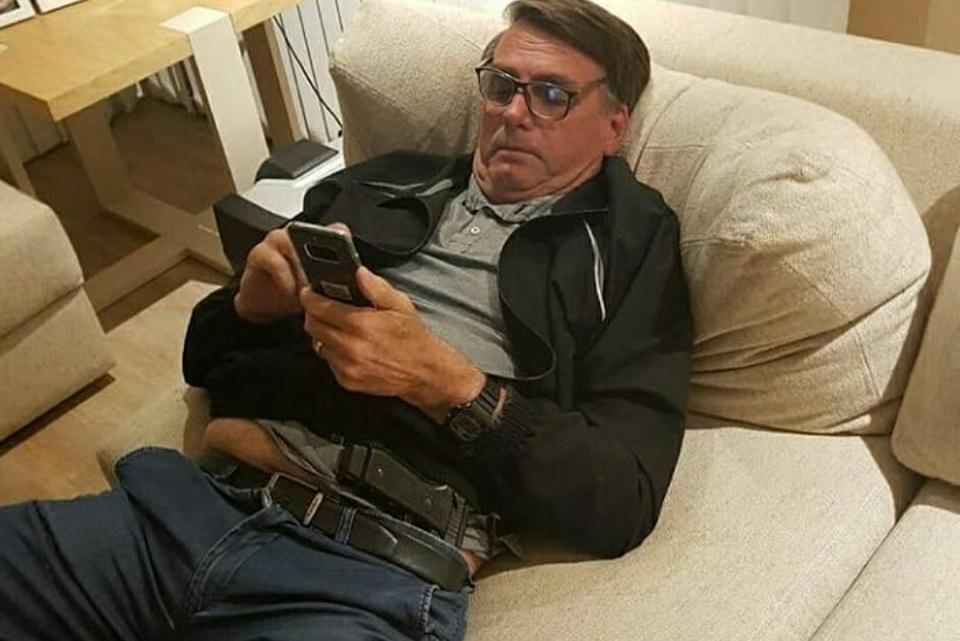 Imagem de Bolsonaro ignora Abin e usa WhatsApp para comandar governo no Brasil no tecmundo