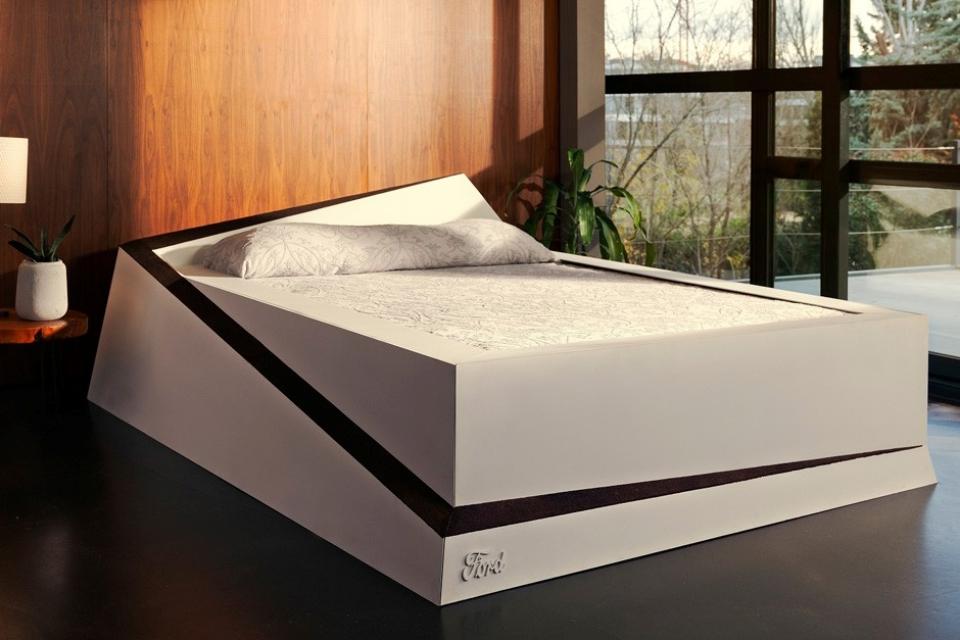 """Imagem de Ford lança """"cama dos sonhos"""" para você dormir confortável com o seu par no tecmundo"""
