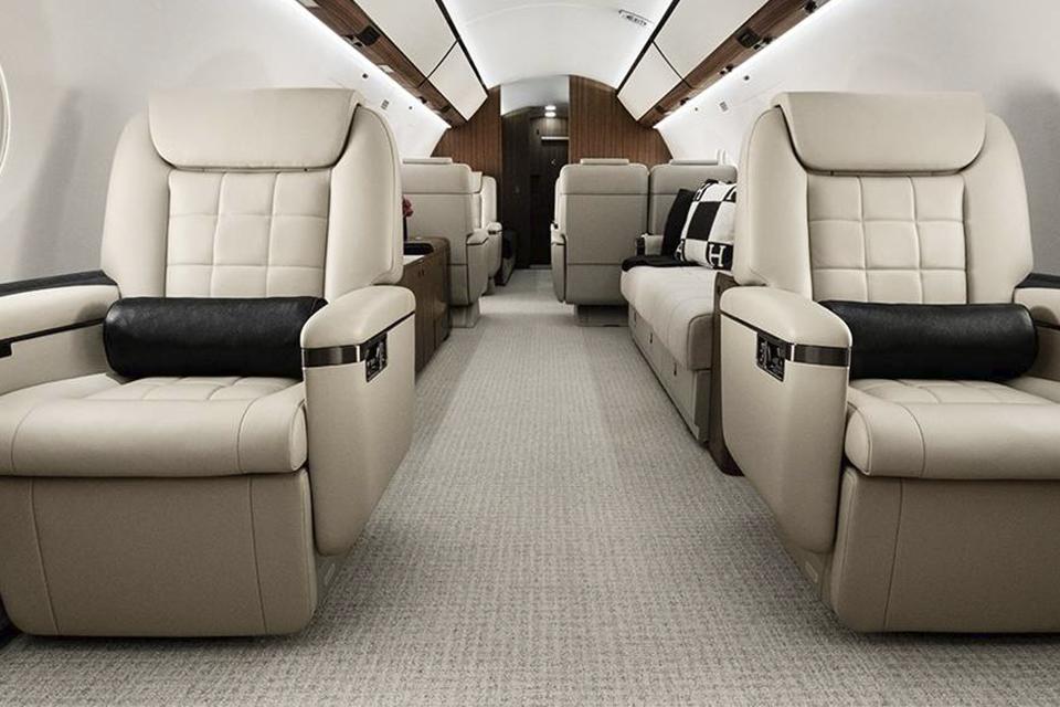 Imagem de Conheça os aviões particulares dos bilionários do mundo da tecnologia no tecmundo