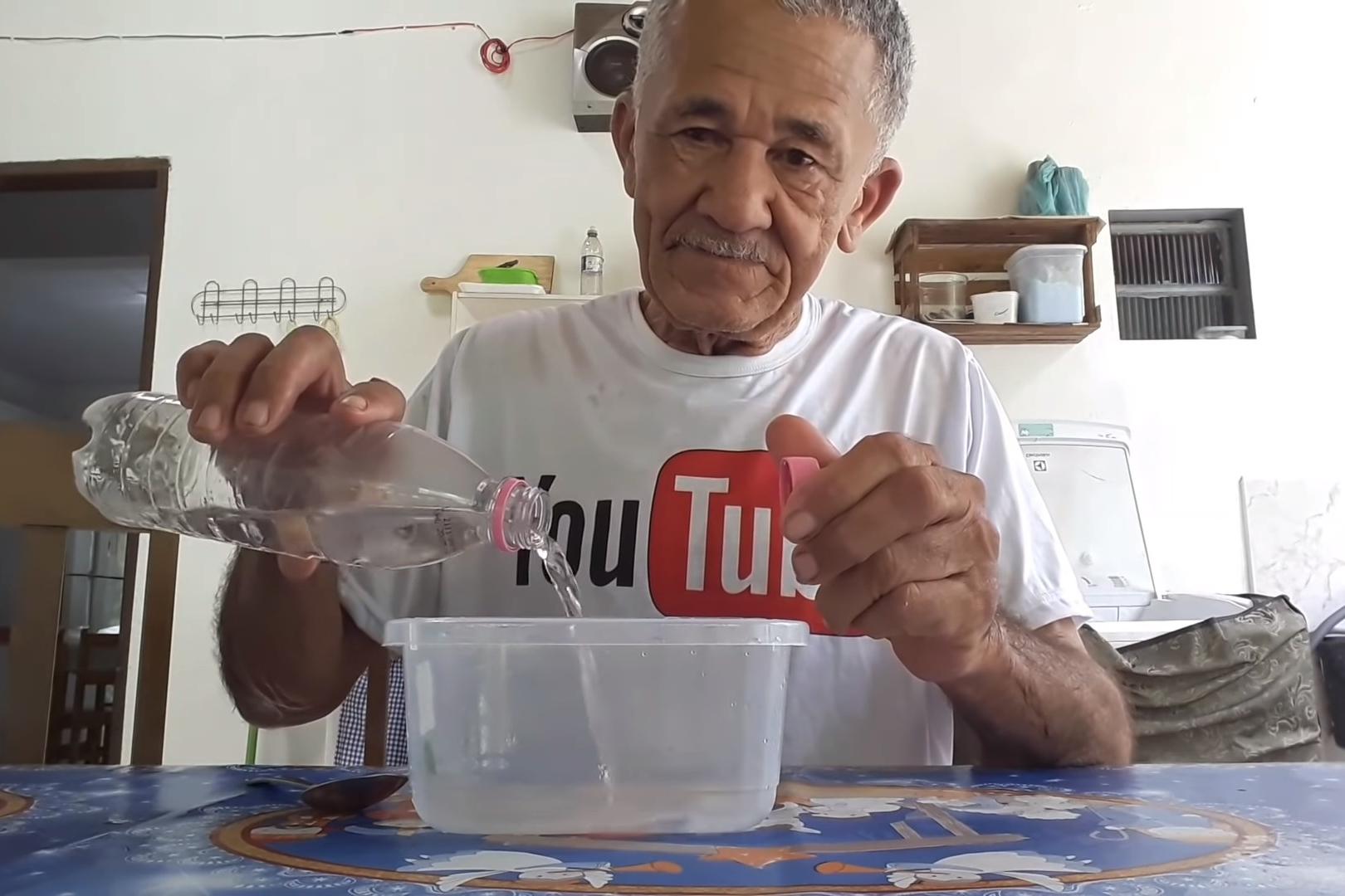 Imagem de Vovô Nilson, famoso no YouTube, vai lançar sua própria marca de slime no tecmundo