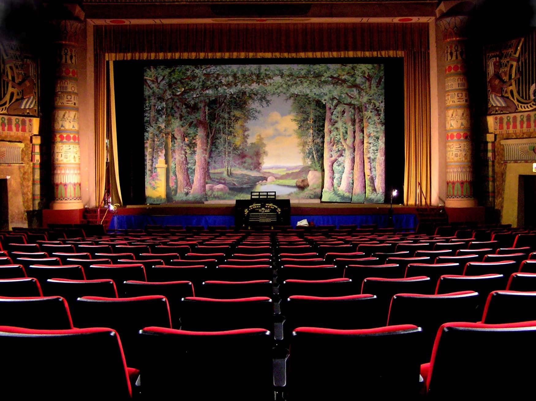 Netflix negocia aquisição do Teatro Egípcio em Hollywood