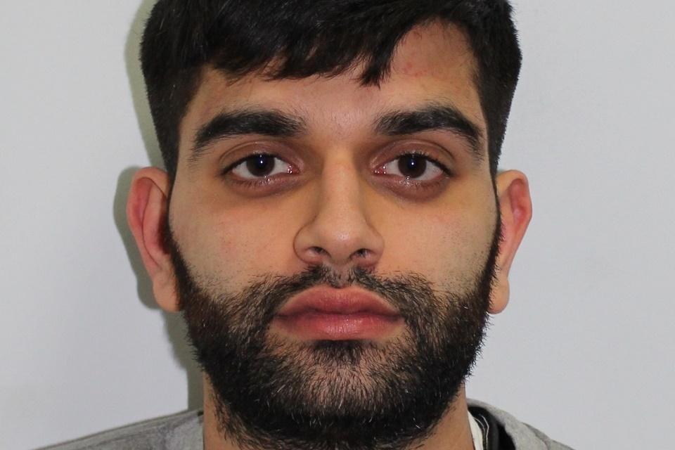 Imagem de Estudante é preso após fazer fortuna extorquindo usuários de sites pornôs  no tecmundo