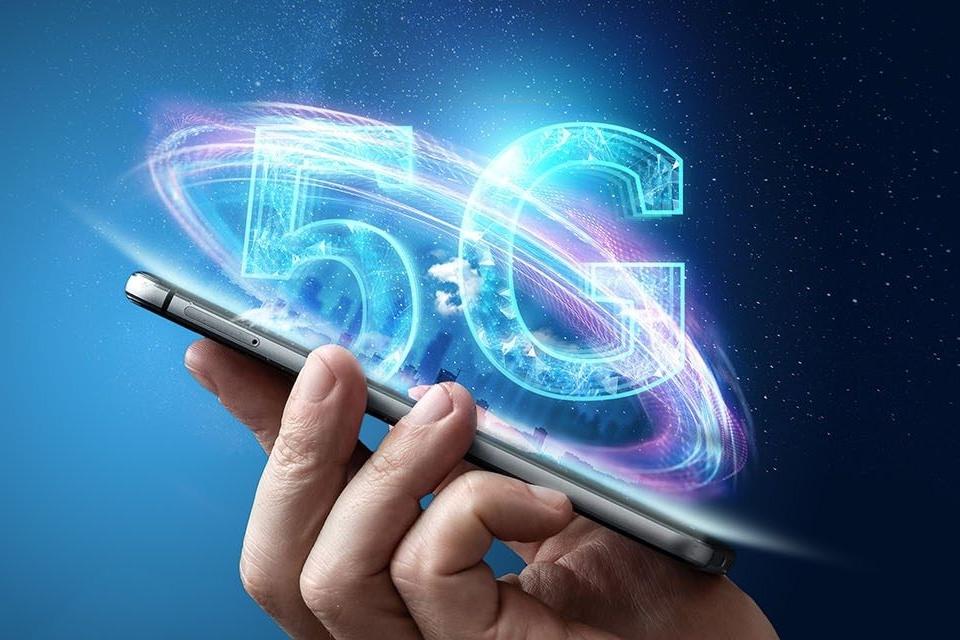 Imagem de iPhones 5G terão modems da Qualcomm e também da Samsung, diz analista no tecmundo