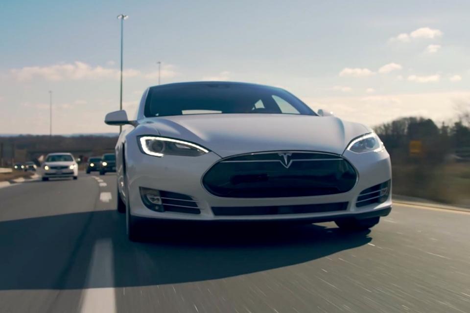 Imagem de Tesla: 3º acidente fatal reacende debate sobre o Piloto Automático no tecmundo