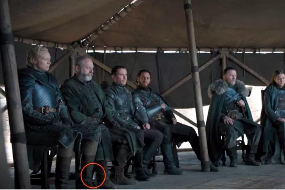 Imagem de Game of Thrones: garrafas plásticas são flagradas em cenas do grande final no tecmundo