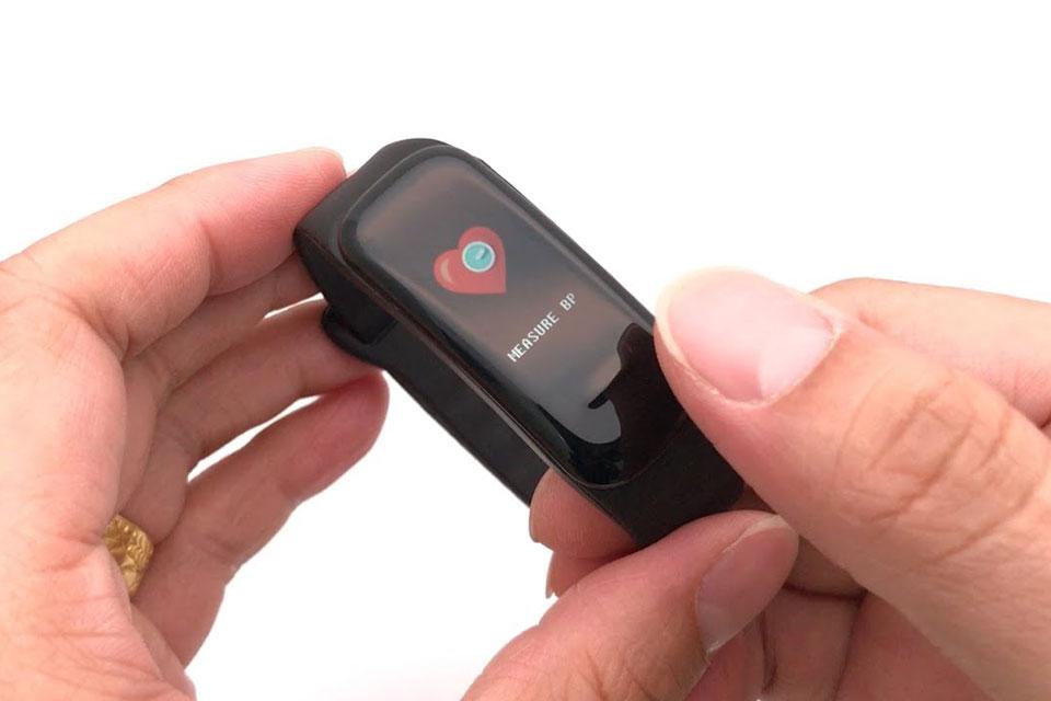 Imagem de C1Plus é a smartband de tela colorida e funções para saúde de apenas R$ 60 no tecmundo