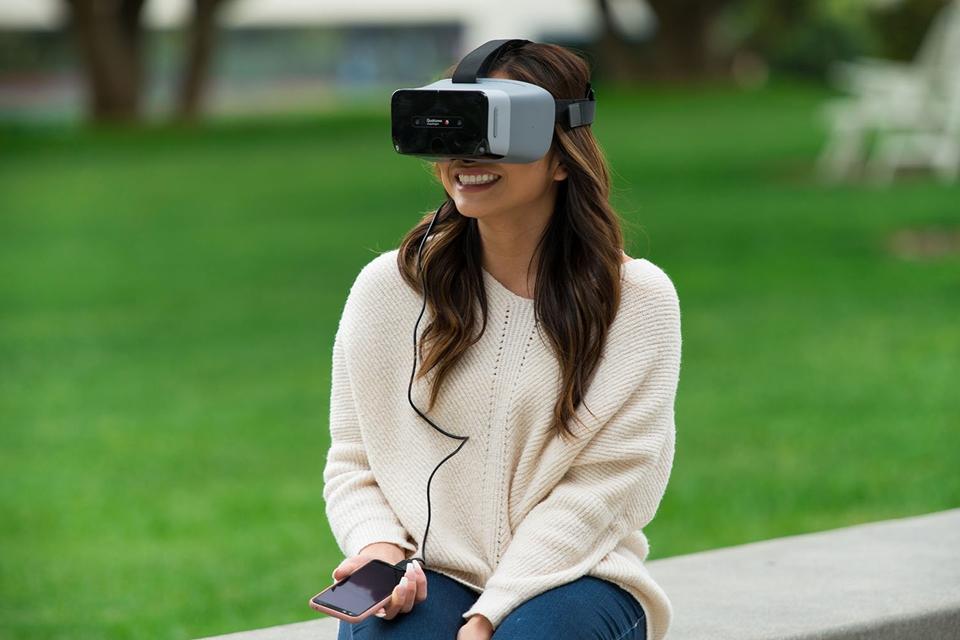 2a6a2ba70 Imagem de Qualcomm lança óculos-conceito de VR e AR para exibir chip  Snapdragon XR1