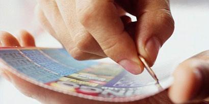 Imagem de Sortuda que ganhou 4 vezes a loteria é especialista em estatística no site TecMundo
