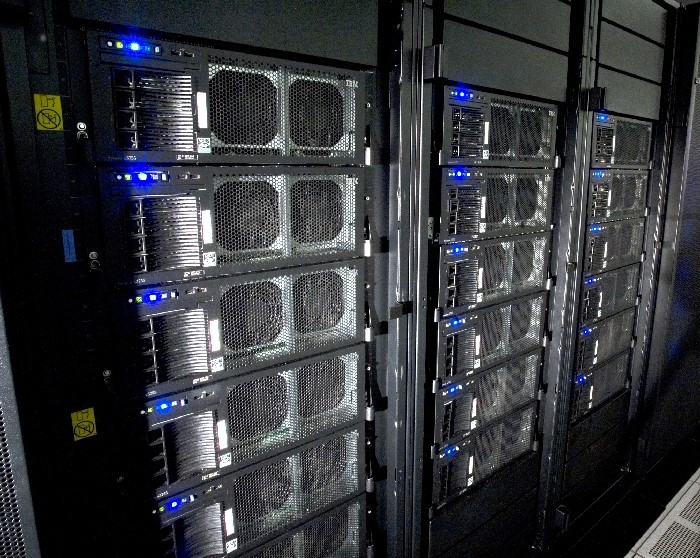 O RoadRunner, o supercomputador mais rápido do mundo.